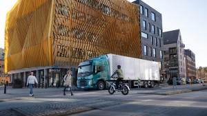 Volvo Trucks Gunakan Suara Buatan Untuk Truk Listrik
