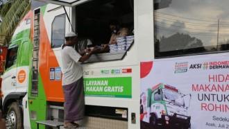 Humanity Food Truck ACT Bantu Pengungsi Rohingya di Aceh