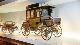 Tahun Ini, 125 Tahun Bus Umum Bermesin Bakar Pertama Di Dunia