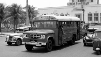 Dodge D Series Bus Amerika Di Indonesia: Berjaya, Terpuruk Dan Jadi Rumah Ikan