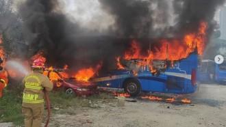 Transjakarta Bantah Video Viral Bus Mereka Terbakar