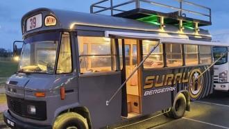 Unik, Bus Mercedes-Benz Tua Dirombak Jadi Surau Bergerak