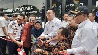 Bus Lower Deck Bandung, Jadi Armada Ramah Lansia dan Difabel