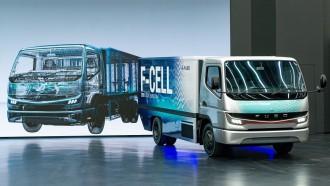 Mitsubishi Mulai Produksi Fuso PHEV Pada 2020 ini