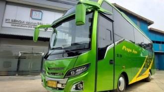Keren, Medium Bus Baru Puspa Jaya Garapan Karoseri Manunggal
