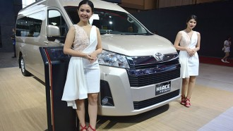 Mengenal Toyota All New HiAce Premio Untuk Transportasi Lebih Nyaman