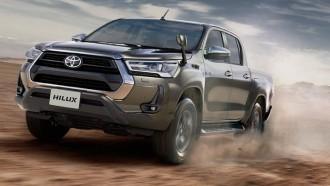 Toyota New Hilux Versi Indonesia, Lebih Mewah Dari JDM?