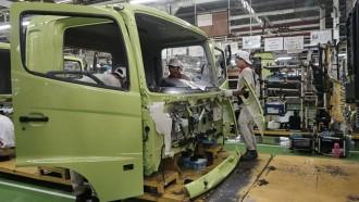 Pabrik Hino Berhenti Sementara Hingga 5 Juni