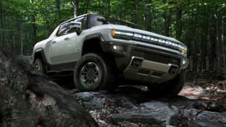 Hummer Listrik Versi Pikap Akan Diluncurkan Lebih Dulu Dibandingkan SUV