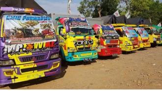 Canter Mania Indonesia Community Gelar Jamnas dengan Pamer Kendaraan Mitsubishi Fuso