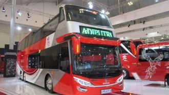 Nostalgia Bus Di Ajang GIIAS 2017 (I), Adi Putro Pajang Bus Tingkat Beratap Terbuka