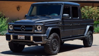 Cukup Unik Ubahan SUV Mercedes-Benz Menjadi Pikap Double Cabin
