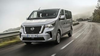 Nissan Tampilkan NV300 Combi Facelift, Makin Berkelas