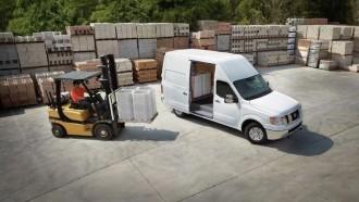 Nissan Hadirkan NV Cargo Van dan NV Passenger Tampilannya Mirip Pikap Titan