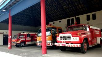 Mengapa Mobil Pemadam Kebakaran Warnanya Merah?