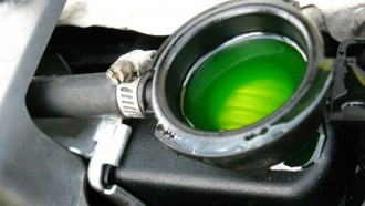 Kenapa Radiator Coolant Diberi Warna? Ini Sebabnya