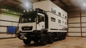 Camper Van Double Decker Ini Dirancang Buat Keliling Australia