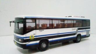 Miniatur Bus Lokal, Ada Diskon Akhir Tahun