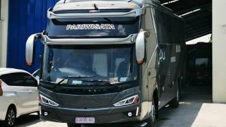 Unik, Bus Ber'Topi' Ganda Ala Karoseri Gunung Mas