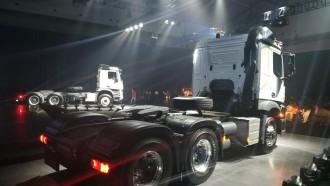 Pembelian Truk Mercedes-Benz Actros dan Arocs Dapat Garansi 12 Bulan Tanpa Batasan Kilometer