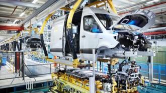 Mercedes-Benz Sprinter Rayakan Ulang Tahun Ke-25