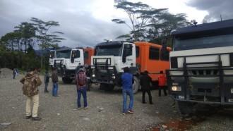 Sedang Konvoi Menuju Timika, Bus Karyawan Freeport Ditembaki Orang Tak Dikenal