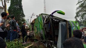 Marak Kecelakaan, Pelatihan Supir Bus & Truk Wajib Digelar!