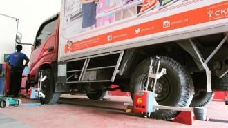 Seperti Mobil Kecil, Truk dan Bus Juga Perlu Rutin Spooring dan Balancing