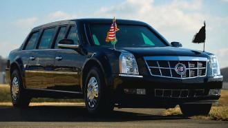 Presiden Amerika Pakai Limousine Yang Dibuat Dari Truk