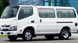 Toyota Ajak Hino Dan Isuzu Garap Truk Listrik Otonom