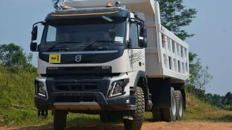 Mengenal Lebih Dekat TeknologiDynamic Steering di Truk Volvo