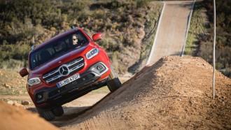 Mercedes-Benz X-Class, Kembaran Navara Segera Disudahi Kiprahnya