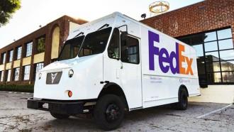 FedEx Mulai Menggunakan Van Listrik Sebagai Armadanya