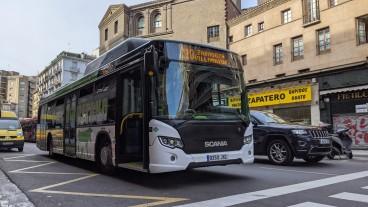 Pakai Biometana Limbah Babi, Bus Scania Kurangi 83 Persen Polusi!