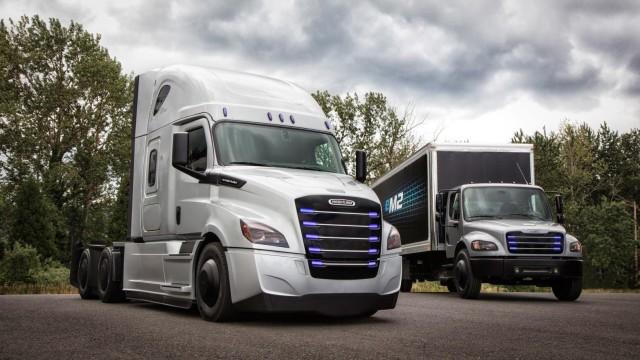 Telat Umumkan Recall, Daimler Trucks Kena Denda Ratusan Miliar