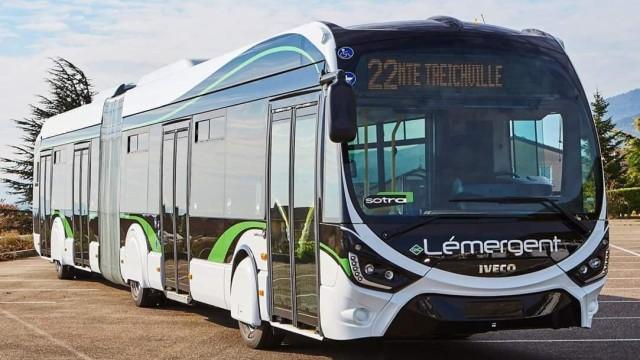 Bus Gandeng Iveco Crealis CNG Euro 6 Kini Mewarnai Jalanan di Pantai Gading