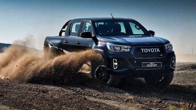 Toyota Hilux Akan Mendapat Mesin Baru Dan Tersedia Versi Hybrid