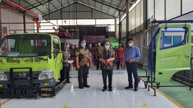 Dealer Hino Tetap Beroperasi Selama PPKM, Tapi Tidak Menjual Unit!
