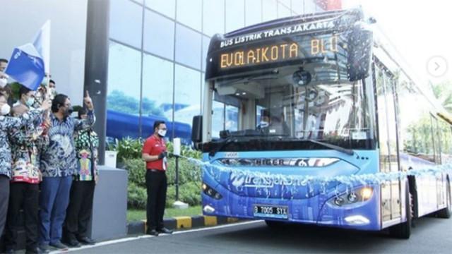 Bus Listrik Transjakarta Di Uji Coba