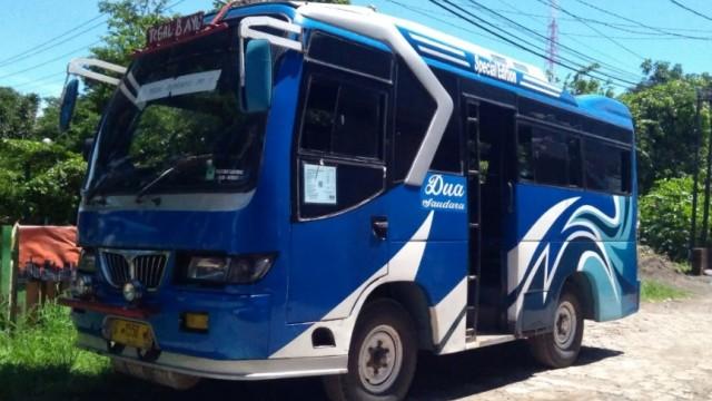 Mengenal Bus Tuyul, Medium Bus Yang Bertampilan Unik