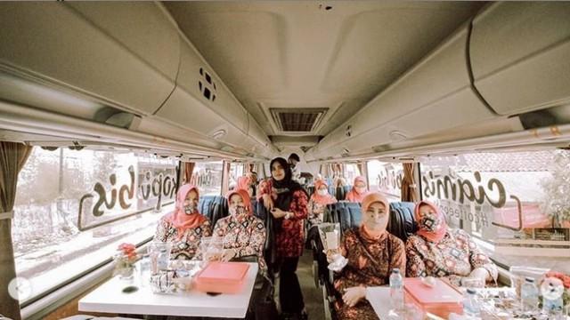 Mau Ngopi Dalam Bus di Ciamis? Ikut Cikobis Saja