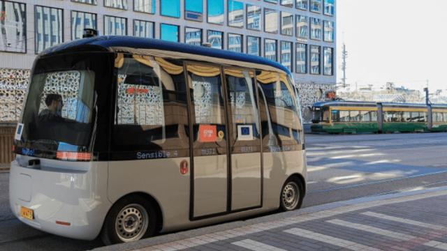 Lima Kota Eropa Uji Bus Otonom