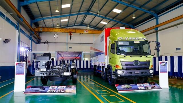 Hino Rilis Dua Kendaraan Niaga Baru Di Indonesia