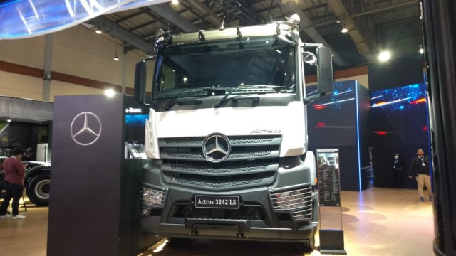 Daimler Group Stop Produksi Karena Virus Corona