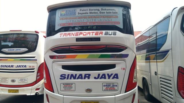 PO Sinar Jaya Kini Operasikan Bus Transporter ke Madura, Bisa Kirim Motor