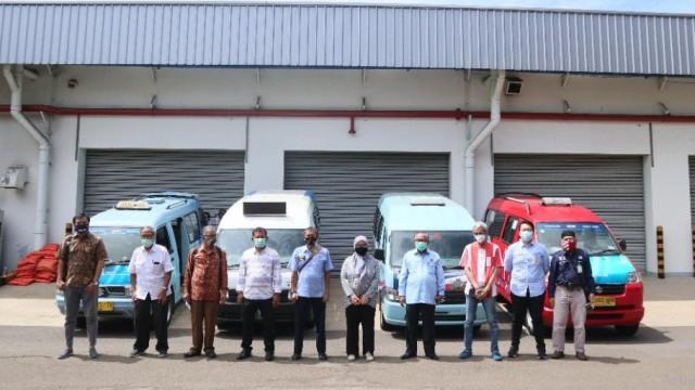 Suzuki Peduli Angkot, Sebar Masker dan Hand Sanitizer