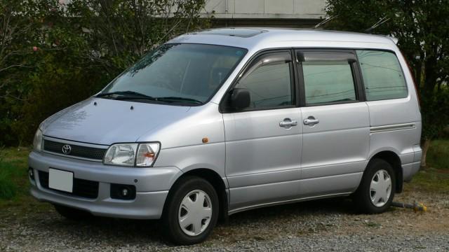 Toyota LiteAce, Adik Mungil HiAce Yang Tak Pernah Dijajakan Di Indonesia