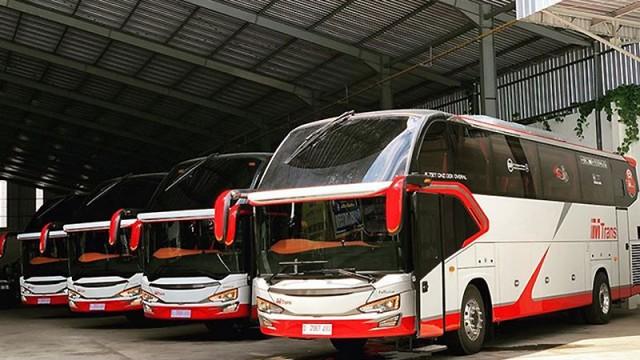 Karoseri Tentrem Kini Punya Bus Pengangkut Motor