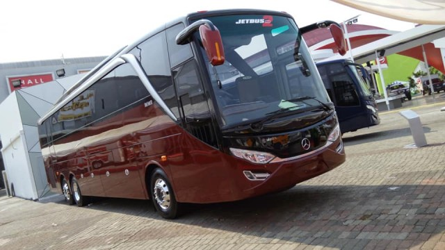 Ternyata Ini Arti Nama Sasis Bus Mercedes-Benz OC 500 RF 2542