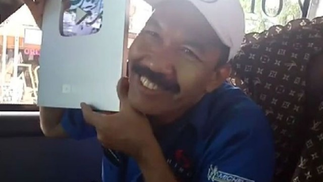 Supir Bus PO Haryanto Jadi Vlogger Raih Silver Play Button, Ini Kata Bosnya